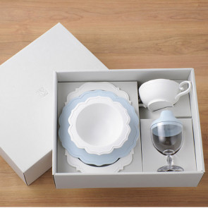 Reale  dinnerware set/ 5 items / Baby Blue