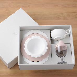 Reale  dinnerware set/ 5 items / Baby Pink